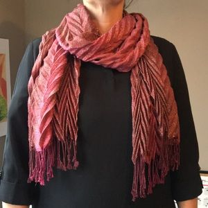 Accessories - Magenta and tan scarf with fringe